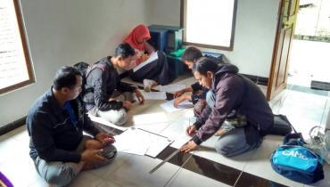 FSH Unisnu Lakukan Pengukuran Arah Kiblat di Desa Tempur