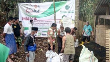 Kembalikan Tanah yang Mati, Mahasiswa Unisnu Ajak Masyarakat Gunakan Pupuk Organik