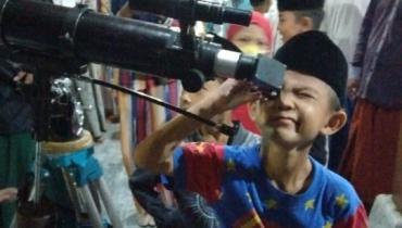 LKIF Pantau Secara Langsung Gerhana Bulan Total di Dua Lokasi Kota Jepara
